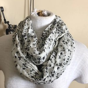 American Eagle stars and silver infinity scarf